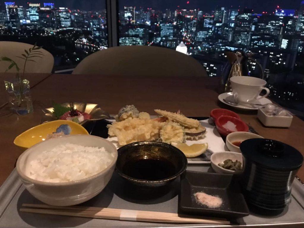 天ぷら御膳を注文