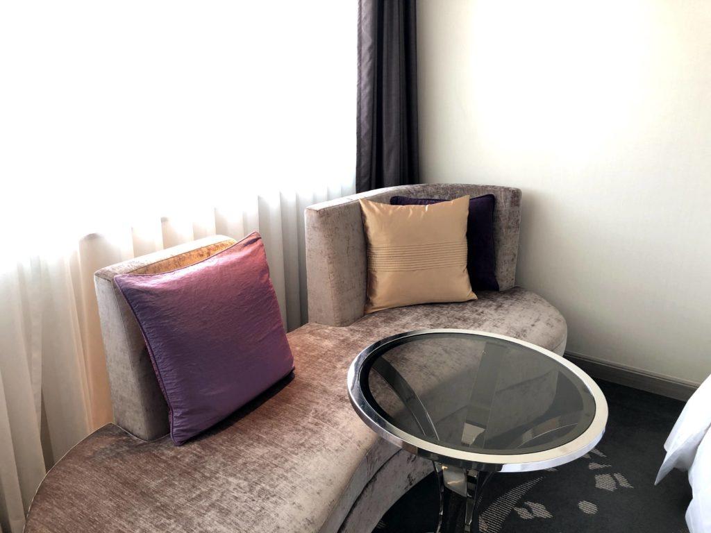 東京マリオットホテルのソファー