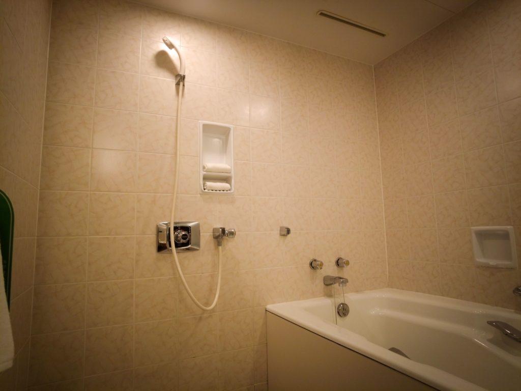 浦安ブライトンホテルのお風呂は広くて使いやすい